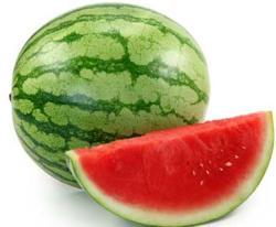Gambar Buah Semangka. Manfaat Buah Semangka untuk Kesehatan