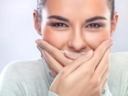 Makanan untuk Mencegah Bau Mulut