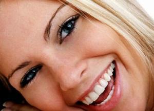 Tips Cara Agar Bibir Merah Merona