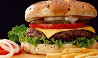 Manfaat Teh untuk Mencegah Dampak Buruk Makanan Cepat Saji
