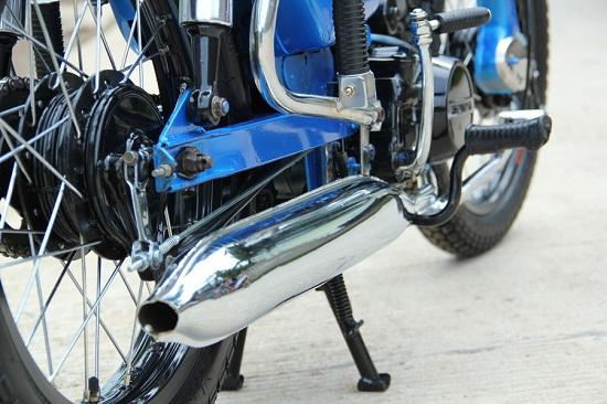 Gambar Knalpot Sepeda Motor yang Batuk-batuk