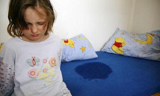Gambar Anak Ngompol Saat Tidur