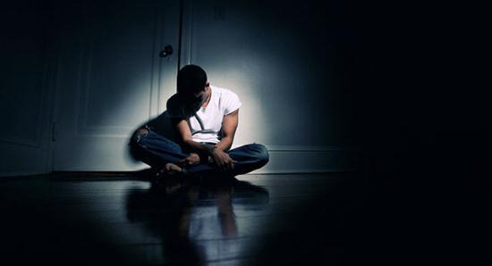 Gambar Orang yang Sedang Mengalami Kesulitan Hidup