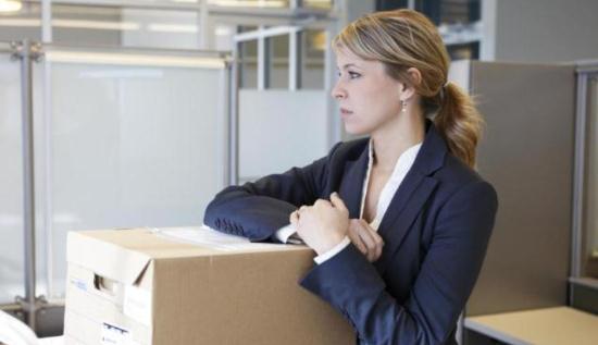 Gambar orang bingung mau pindah kerja