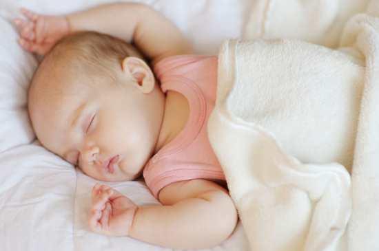 Gambar Bayi Tidur Nyenyak