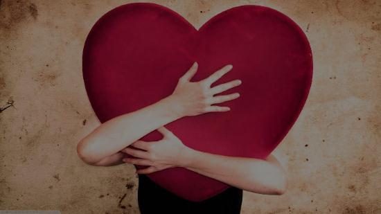 Gambar Orang Sedang Jatuh Cinta