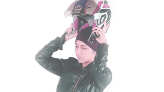 Cara Mencegah Rambut Rontok Karena Sering Memakai Helm
