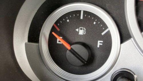 Gambar Cara Menghemat BBM untuk Mobil Matik